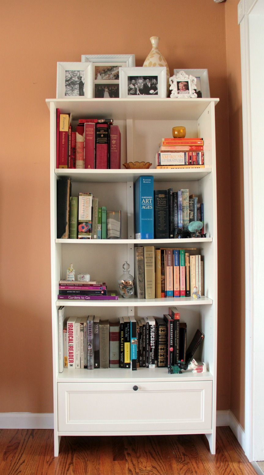 Reading is for winners charmingly modern Where to put a bookcase in a room