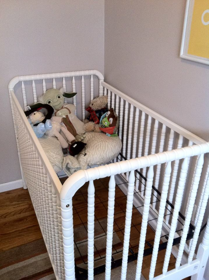 crib with stuffed animals