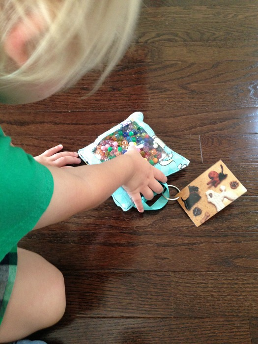 toddler busy bag activity