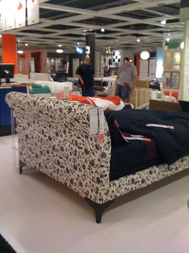 Ikea Vanvik Bed – Review!